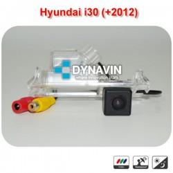 CT-HYU.10 B - HYUNDAI I30 (GD +2012): CÁMARA TRASERA A TODO COLOR Y LINEAS GUIA DE ASISTENCIA PARA HUECO DE LUZ